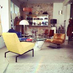 Hey vintage lovers, here's how the shop looks like today! Pretty isn't?  Interested? Any questions?  Please feel free to contact us: sales@design-only.com Worldwide shipping.