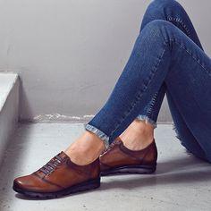 eb60ac3551ba3 Zapatos para mujer en color cuero. Características elástico