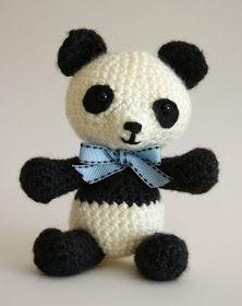Angie's Art Studio: Panda Bear Amigurumi Crochet Pattern - FREE!