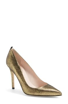 Hello, fabulous gold leather SJP pumps!