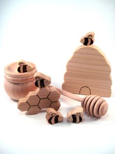 Honeycomb playset - LOVE this. All they need with this set is Winnie the Pooh! :D