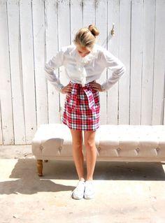 Plaid Skirt. Mini. Mod. 60's Fashion.