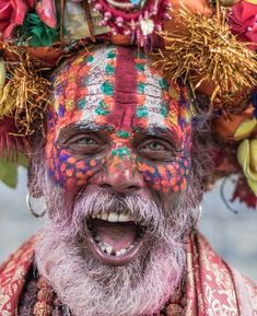 May we all be in happiness and celebrate life with colors and LOVE 🌈Such an incredible portrait of a sadhu,Pashupatinath, Kathmandu, Nepal… Tribes Of The World, People Around The World, Wonders Of The World, Around The Worlds, Cultures Du Monde, World Cultures, Beautiful World, Beautiful People, Amazing Photography