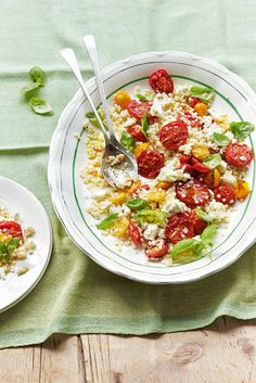 A simple salad recipe that brings into play the classic winning combination of tomato and basil. It's summery, it's easy and it's very good indeed.