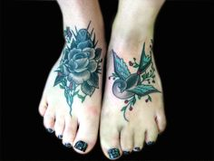 55 attractive foot tattoo designs – foot tattoos for women Small Foot Tattoos, Flower Tattoo Foot, Small Tattoos With Meaning, Small Tattoos For Guys, Sunflower Tattoo Sleeve, Sunflower Tattoo Shoulder, Sunflower Tattoo Small, Shoulder Tattoo, Mädchen Tattoo