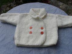 Paletot blanc tricoté main pour bébé taille 3 mois : Mode Bébé par bleu-blanc-rose