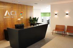 Recepção - projeto corporativo de RF Design de Interiores
