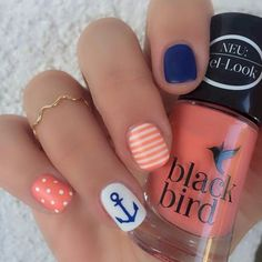 Nail art is a very popular trend these days and every woman you meet seems to have beautiful nails. It used to be that women would just go get a manicure or pedicure to get their nails trimmed and shaped with just a few coats of plain nail polish. Beach Nail Art, Beach Nail Designs, Cute Nail Designs, Nautical Nail Designs, Summer Beach Nails, Summer Vacation Nails, Beach Toe Nails, Nail Designs For Summer, Pedicure Ideas Summer