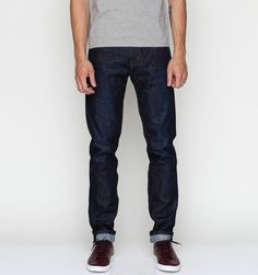 508 Slim Tapered Dry Smithson by Levi's and White sole trainers