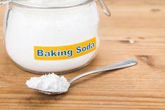 Baking Soda Face Scrub, Baking Soda Shampoo, Baking Soda Uses, Pole Dancing, Home Remedies, Natural Remedies, Lighten Skin, Cold Sore, Sodium Bicarbonate