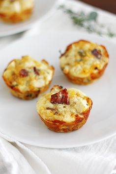 Apple-Bacon Cheddar Mini Breakfast Pies | Girl Versus Dough