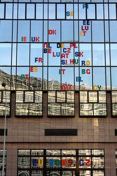 CZ presidency (2009 H1) - Decoration of Justus Lipsius: Logo (Flickr: antaldaniel)
