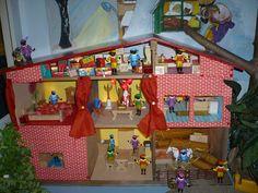 Small World Play, Santa, Seasons, School, Kids, Ladybugs, Deco, Noel, Young Children