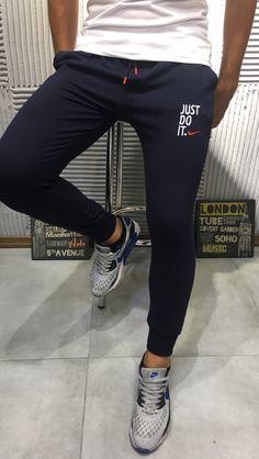 Mens Capri Pants, Track Pants Mens, Mens Jogger Pants, Mens Sweatpants, Chill Outfits, Nike Outfits, Sport Outfits, Joggers Outfit, Athleisure Outfits