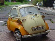 Scheunenfund+1:18+Revell+BMW+Isetta+250+in+Orange-Crem