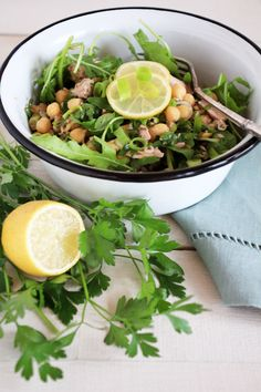 Gwyneth Paltrow´s Italian Chickpea & and Tuna Salad {flowers on my plate}