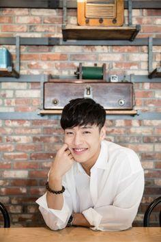 Fated To Love You, Kang Ha Neul Smile, Ha Neul Kang, Drama Korea, Korean Drama, Busan, Korean Celebrities, Korean Actors, Park Shin Hye