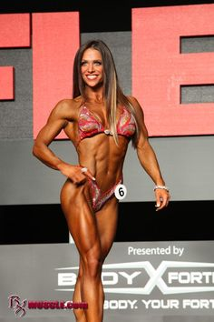Oksana, looking totally perfect.  I think she should have taken first place.