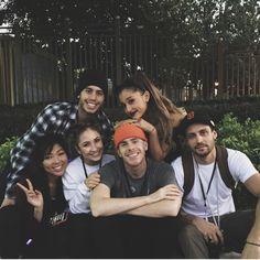Ariana Grande Music Videos, Ariana Grande Pictures, Cat Valentine, Ariana Grande Makeup, Ariana Video, Nickelodeon, Past Relationships, Red Velvet Irene, Heaven Sent