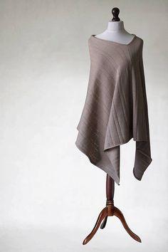 Tejer poncho, poncho beige, bufanda beige, beige capa, poncho de las mujeres, punto chal, capa, bufanda de punto, capa, de punto de punto tejidos ropa moderna máquina