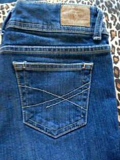 AEROPOSTALE Hailey Flare Jeans - Size 0R - $8.99