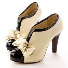 a2b252fd0be Encontrá Botinetas Negras Y Camel Con Mono Importadas - Zapatos en Mercado  Libre Argentina. Descubrí la mejor forma de comprar online.