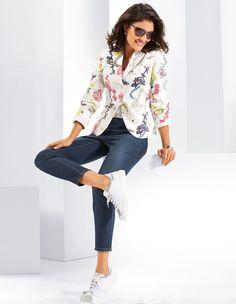 Blazer | Madeleine Fashion. Sportiv-elegant with romantic dezen.