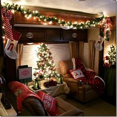 Living in an RV during the holidays can be tough. It's like, it doesn't matter how homey your RV is, or how long you've been living in it, the camper car Decorating Your Rv, Camper Decorating, Christmas Holidays, Christmas Decorations, Christmas Ideas, Holiday Ideas, Tropical Christmas, Rustic Christmas, Rv Homes
