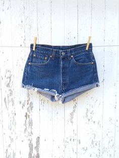 227eee1cb4e High Waist LEVIS 501 Shorts 27 Waist Dark Wash Cut Off Denim