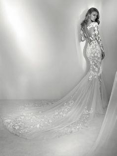Rocio Wedding dress many illusions - Pronovias 2018 Collection