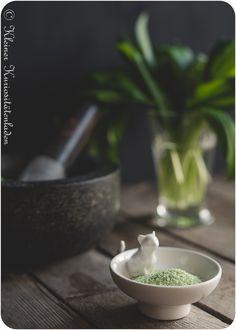 Bärlauchsalz Wild Garlic, Spice Rub, Mortar And Pestle, Dips, Beverages, Spices, Cooking, Kitchen, Artec
