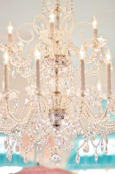 gorgeous chandelier ❤