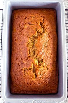 The Best Classic Zucchini Bread – The Wholesome Dish Loaf pan of baked easy zucchini bread recipe Easy Zucchini Bread, Zuchinni Recipes Bread, Zucchini Banana, Recipe Zucchini, Healthy Zucchini, Gourmet Recipes, Cooking Recipes, Kitchen Recipes, Diabetic Recipes