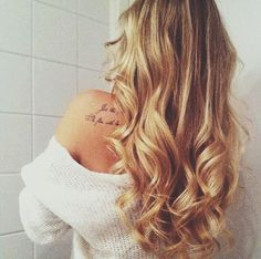 how to turn curly hair into loose waves