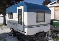 See how one man made a beautiful DIY tear drop camper in only two weeks. You've seen other tear drops before, but not like this hand-crafted one. Build A Camper, Tiny Camper, Small Campers, Camper Van, Utility Trailer Camper, Home Made Camper Trailer, Pickup Camper, Teardrop Camper Plans, Teardrop Trailer