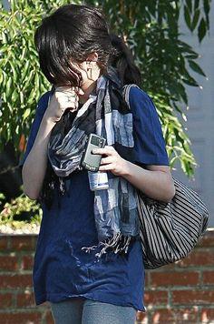 Selena Gomez Patterned Scarf - Selena Gomez Accessories Looks - StyleBistro