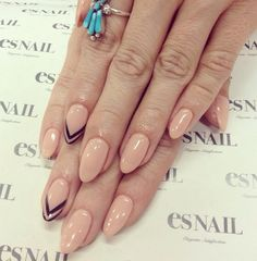 Nude claw