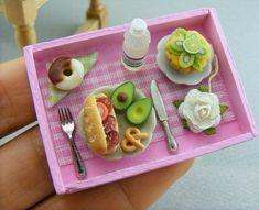 Cute Polymer Clay, Cute Clay, Polymer Clay Miniatures, Polymer Clay Crafts, Miniature Crafts, Miniature Food, Miniature Dolls, Barbie Food, Doll Food