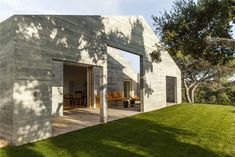 He drew design inspiration from the traditional Portuguese architecture of Alentejo, which have been combined with a contemporary and minimalist style.