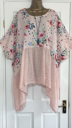 "ITALIAN LAGENLOOK TUNIC TOP. OVERSIZED LOOSE STYLE IN FLORAL PRINT. LENGTH FROM SHOULDER APPROX 32"" FRONT 39"" SIDE. LOOK GREAT WITH LINEN TROUSERS. IN PINK. 