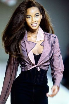 Azzedine Alaïa Spring 1991 Ready-to-Wear Collection - Vogue Beverly Peele 90s Fashion, Couture Fashion, Retro Fashion, Runway Fashion, High Fashion, Fashion Show, Vintage Fashion, Fashion Outfits, Vogue Fashion