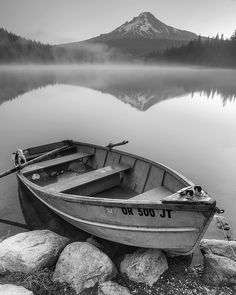 Trillium Lake – Vehicles is art Black And White Portraits, Black And White Pictures, Black And White Photography, Landscape Pencil Drawings, Landscape Sketch, B&w Wallpaper, Trillium Lake, Boat Drawing, Lake Pictures
