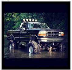 I still love this generation of ford! Lifted Cars, Lifted Ford Trucks, Jeep Truck, Diesel Trucks, Cool Trucks, Chevy Trucks, Pickup Trucks, Lifted Jeeps, Truck Memes