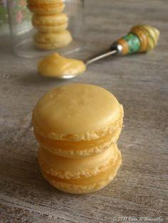 (Portuguese) Macarons com Lemon Curd | Lemon Macarons with Lemon Curd