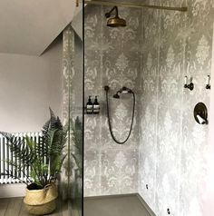10 Beautiful Rooms: The South East - patterned tiles in shower by fiona duke interiors Gorgeous Interiors, New Bathroom Designs, Interior Styling, Country Interior, Interior, Round Mirror Bathroom, Tile Patterns, Shabby Chic Bathroom, Main Bathroom