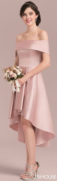 Can't take eyes off this fabulous bridesmaid dress! #JJsHouse #Bridesmaid