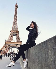 My life time dream to visit paris…….💞 My life time dream to visit paris……. Paris Pictures, Paris Photos, Travel Pictures, New Travel, Paris Travel, France Travel, Holiday Travel, Disneyland Paris, Paris Photography