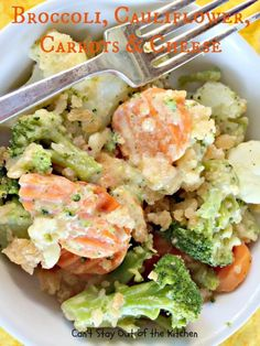 Incredibly tasty, quick and easy casserole with Broccoli, Cauliflower, & Carrots in a Velveeta cheese sauce topped with Ritz cracker crumbs. Broccoli And Carrot Recipe, Sauce For Broccoli, Broccoli Cauliflower Casserole, Carrot Casserole, Veggie Casserole, Carrot Recipes, Casserole Recipes, Healthy Recipes, Mixed Vegetable Casserole