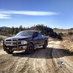 ❤ Love Camping! ❤  Nossa amiga Truck Girl Alex @marley_princess21 pilotando a Dodge Ram do seu namorado! ❤  Great Truck! Amazing shot! Truckyeah! ✌  Thank you so much Alex Welcome to TruckyeahTruckers!✌  #truckyeahtruckers #truckyeah #dodge #ramnation #ramtrucks #truckers #picape #pickups #caminhonete #offroad #4x4 #foradeestrada #estradadeterra #sertanejo #country #countryrock #thetimmcgraw #truckclub #camioneta #amazing #bruta #brutaiada #bruto #sistemabruto #countrygirl #truckgirl…