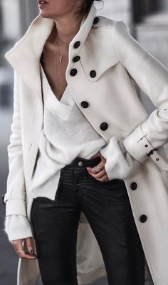 Yule Style!! White Trench coat with black buttons plus a black and white outfit!! LOVE this elegant choice!